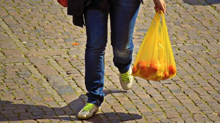 Oprejsning til udskældt plastpose